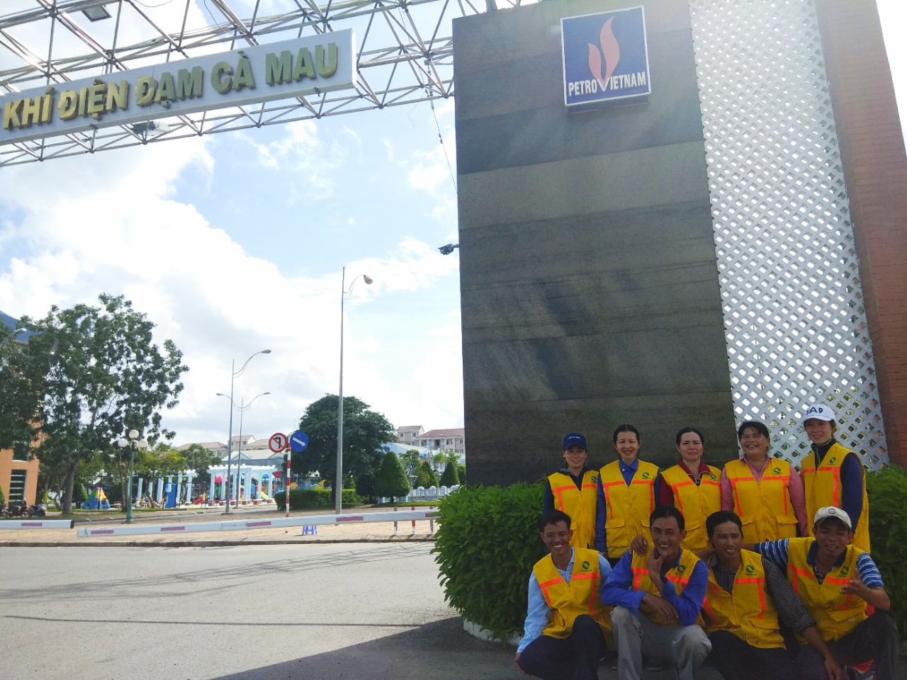 Cung ứng công nhân vệ sinh tại nhà máy điện Cà Mau