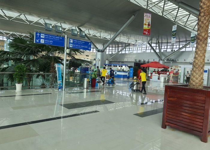 Giặt ghế tại sân bay quốc tế Cần Thơ